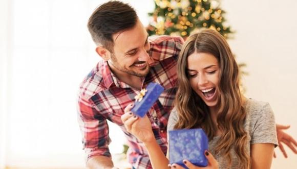 Razones para pedir un smartphone a tu pareja en Navidad