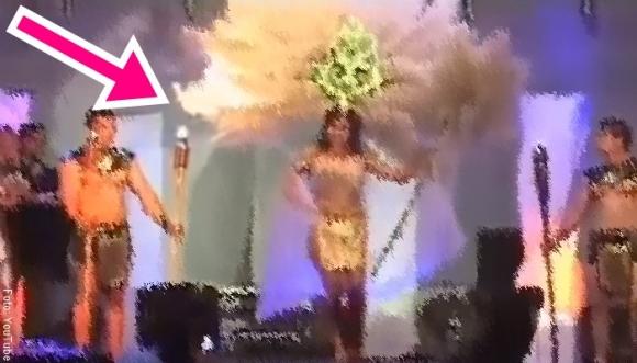 VIDEO: Vestuario de reina de belleza se incendia