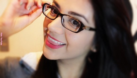 ba45507cd8 Usas gafas? Estos trucos de maquillaje son para ti - Vibra