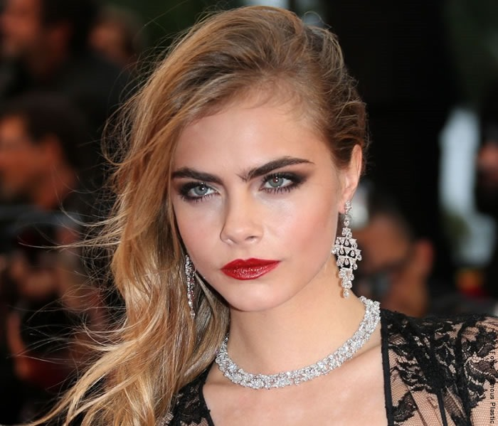 cara delevingne fake eyebrows