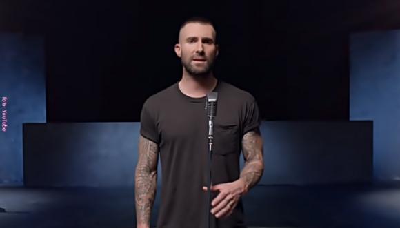Por videos como este amamos a Adam Levine