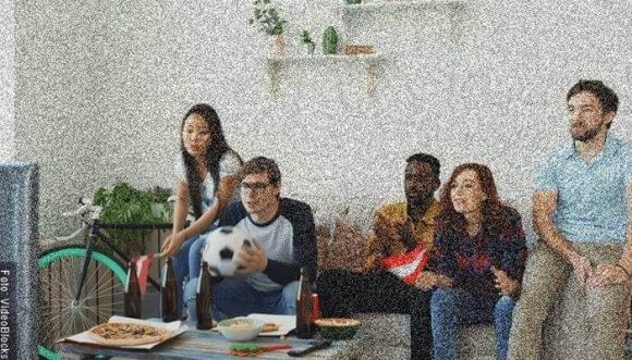 Calorías que consumes viendo partidos de fútbol en TV