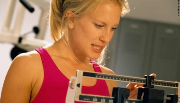 Por qué es tan difícil bajar de peso después de los 30