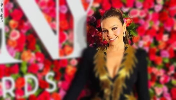 A Thalía le llueven críticas por supuesto bótox