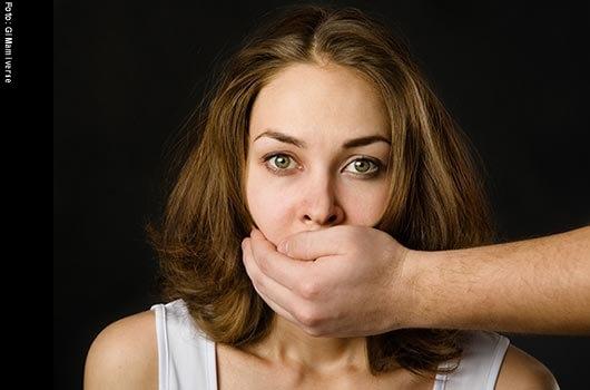 10 excusas que ponen las mujeres para justificar el abuso MainPhoto