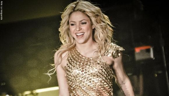 Shakira vuelve a Colombia. Aquí está el motivo
