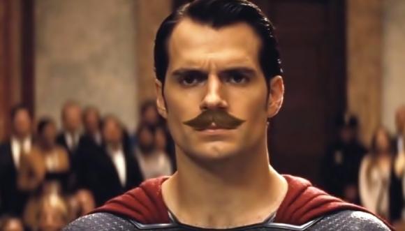 """Famosos que se ven extraños con """"bigotes"""""""