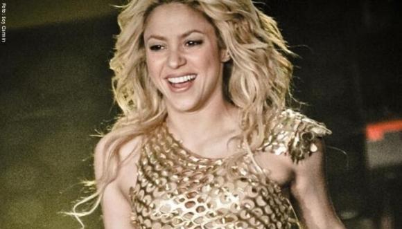 Shakira recibe críticas por mostrar a su familia