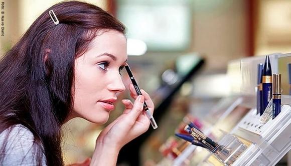 De esta manera puedes detectar si tu maquillaje es de mala calidad