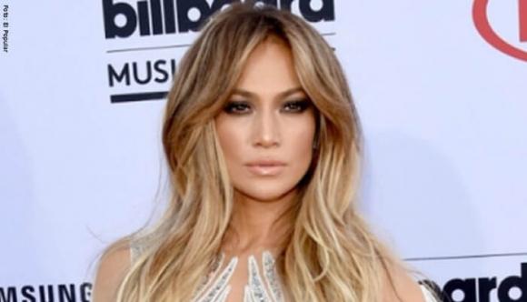 Jennifer Lopez lo volvió hacer y así resultó el bikinazo
