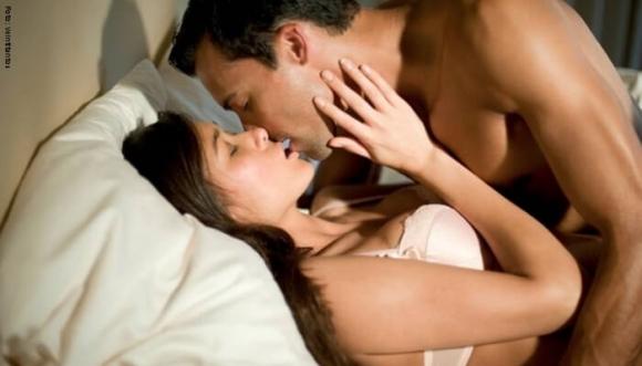 Los besos dicen mucho de cómo eres en la cama
