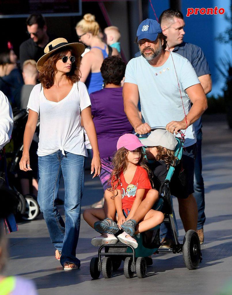 Penélope Cruz con su hijos