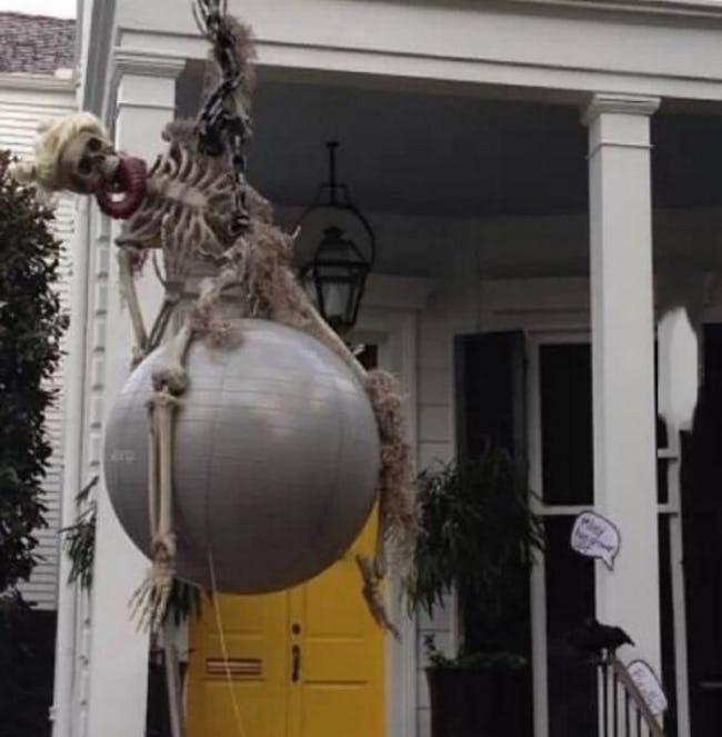 Decoración de Halloween que da pena ajena