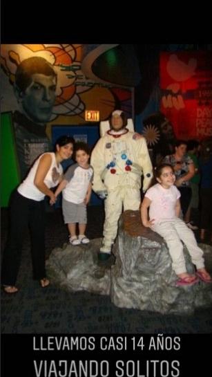 Foto de Andreina con sus hijos