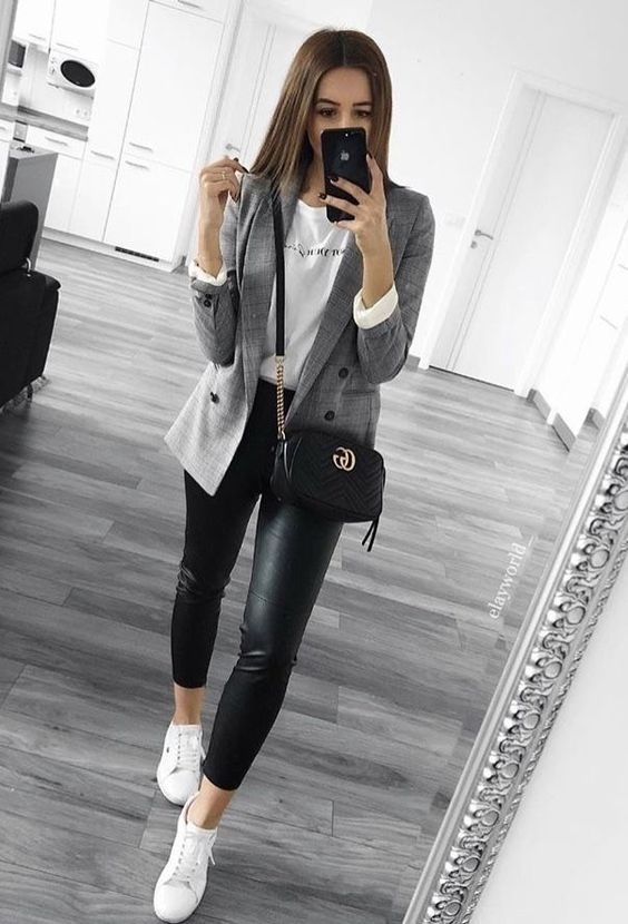 Outfits con tenis - pantalón de cuero