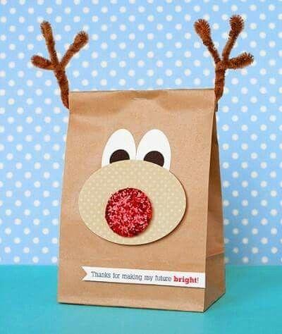 Primera idea de cómo envolver regalos para navidad