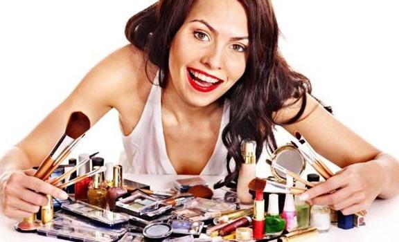 ¿Cómo maquillarse para tener más plata? ¡Te sorprenderás?