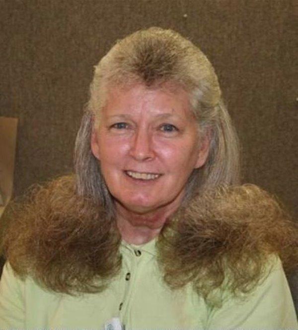 Peores cortes de pelo: ¡A esta pobre señora por qué le hicieron esto!