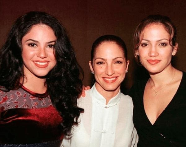 Foto de Jennifer Lopez, Gloria Estefan y Shakira en los años 90