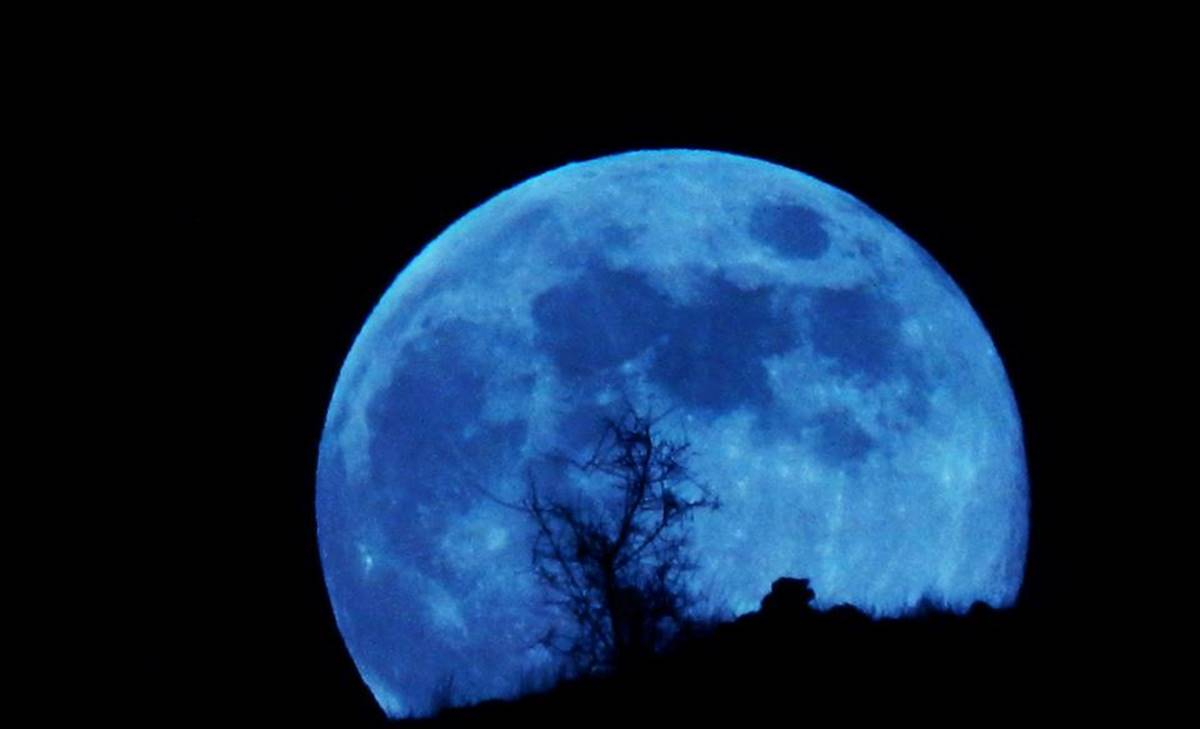Así afectará la luna azul a estos signos del Zodiaco
