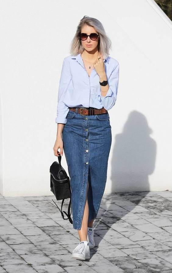 Foto de chica utilizando oufit de jeans