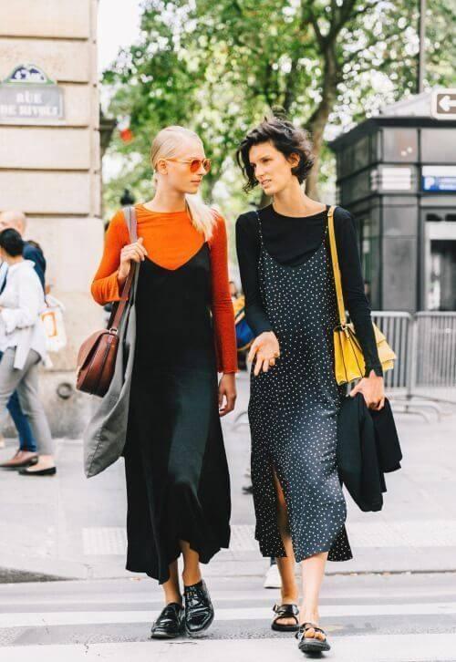 Foto de chicas vestidas con vestido