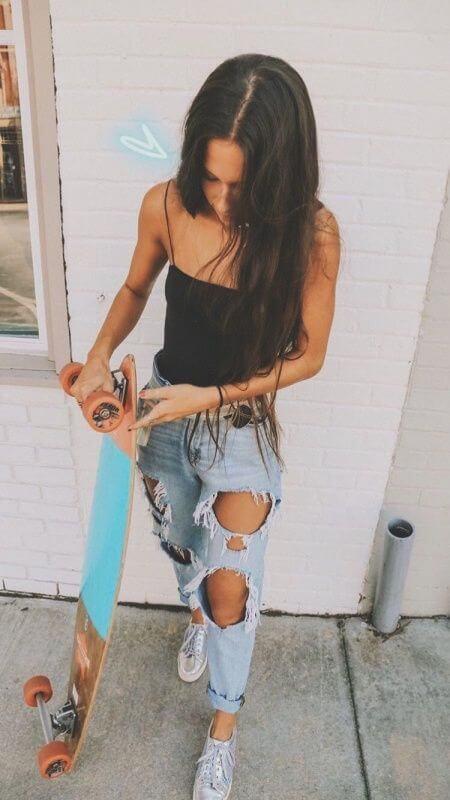 Foto de chica en patineta
