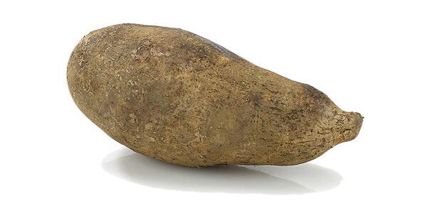 Foto de un ñame, uno de los alimentos para bajar de peso