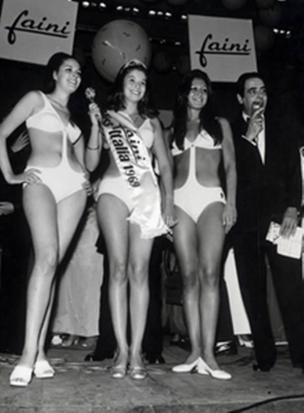 Foto de chicas en vestido de baño en los años 60