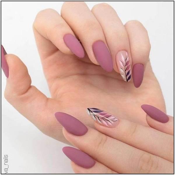 Foto Diseños de uñas elegantes para eventos especiales
