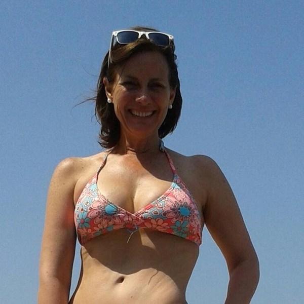 Kristina Lilley en bikini