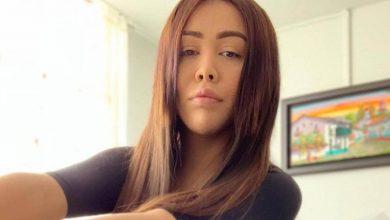 El atrevido desnudo de Yina Calderón en un lugar público