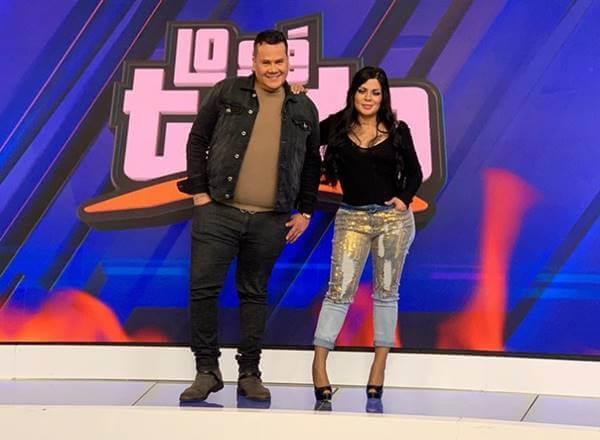 Imagen de la presentadora