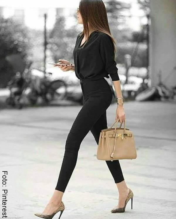 Chica con este tipo de zapatos