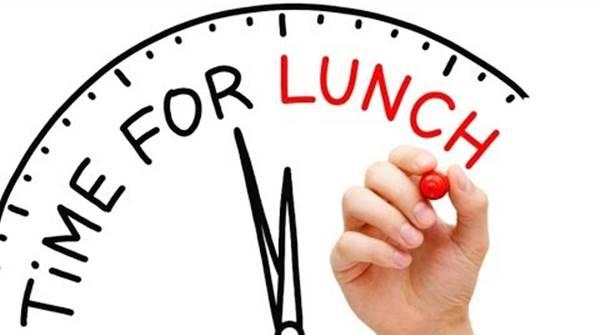 Imagen de la hora del almuerzo antes de las 12