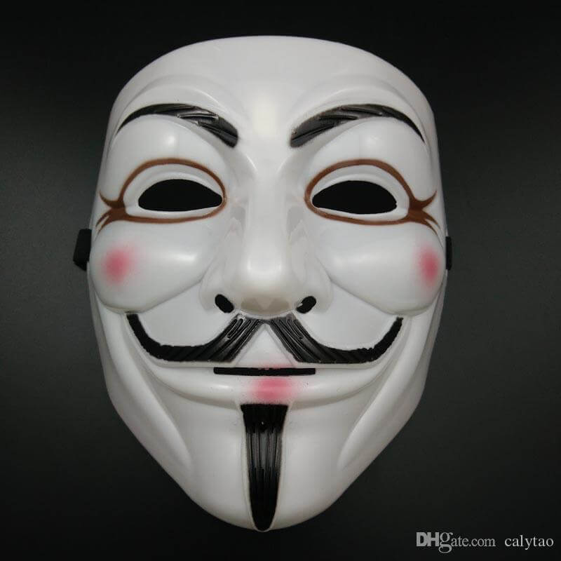 Persona disfrazada de V de Vendetta, una de las ores máscaras para Halloween más populares