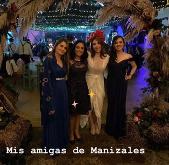 Juanita Gómez se casó 4