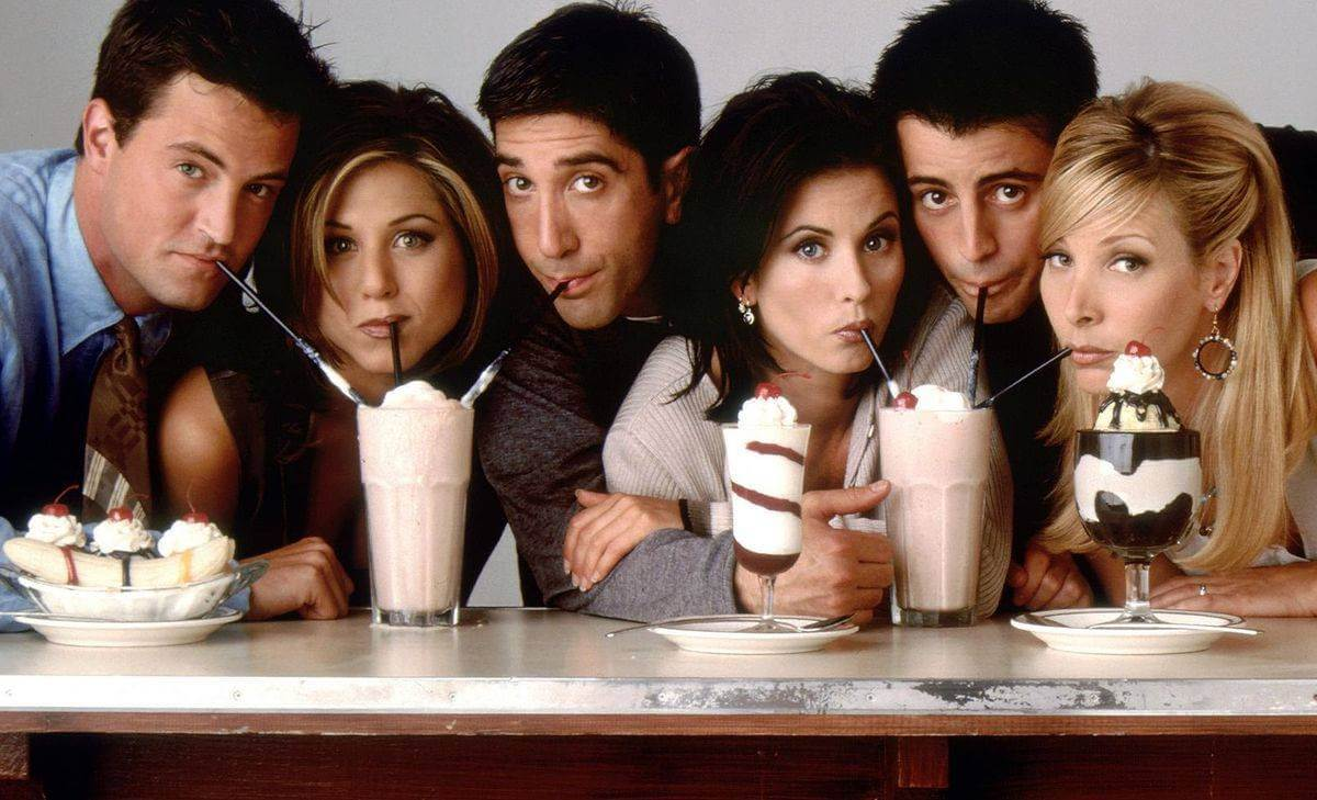 ¿Recuerdas a Phoebe Buffay? Tenía otro final en 'Friends'