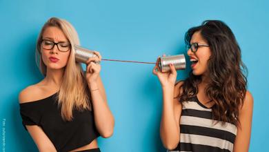 Las mujeres que hablan mucho viven más tiempo, según experto