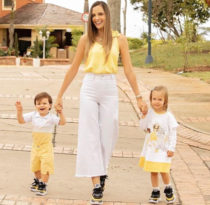 Laura Acuña y sus hijos