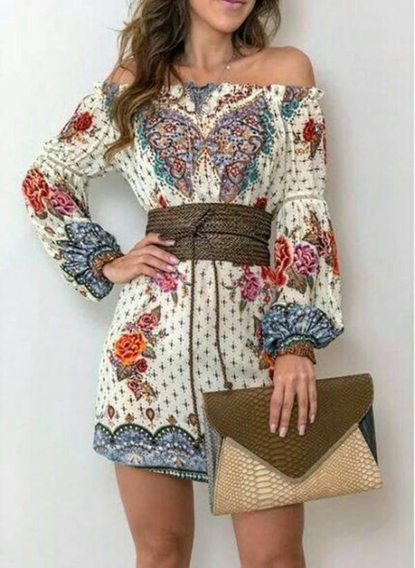 Foto de esta chica usando esta prenda con cartera y cinturón