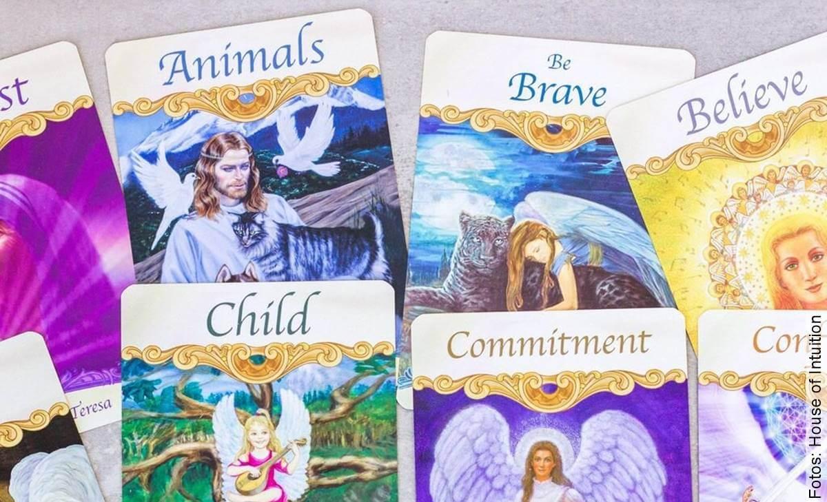 Cartas de los ángeles (u oráculos): ¿qué son y cómo se usan?