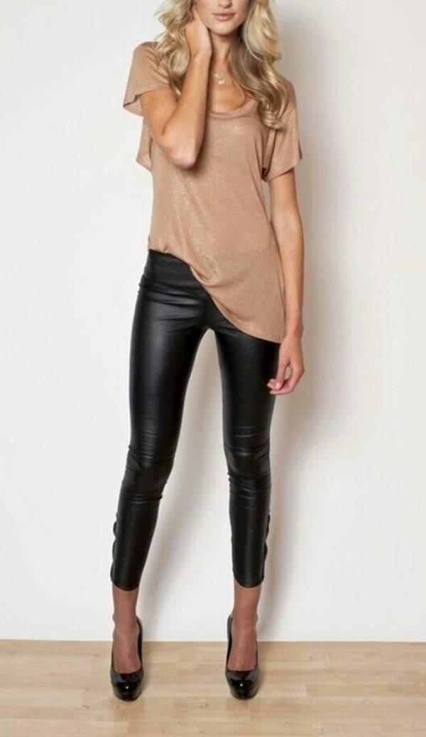 Foto de chica con pantalón de cuero