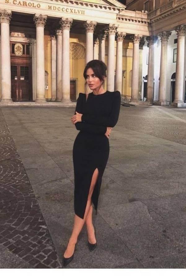 Foto de chica con vestido elegante negro
