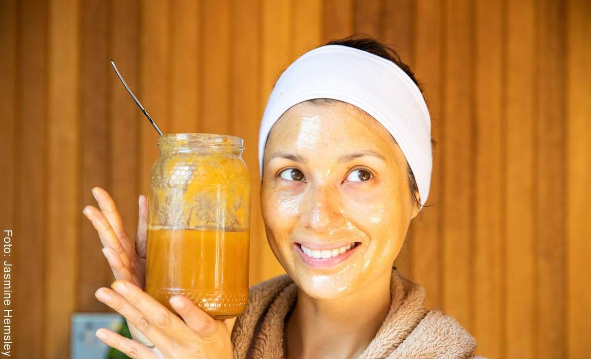 Mascarilla de miel, limón y yogur para las arrugas