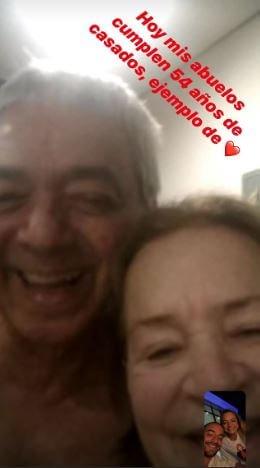 Maluma compartió un print de la videollamada en la que felicitó a sus abuelos por su aniversario.