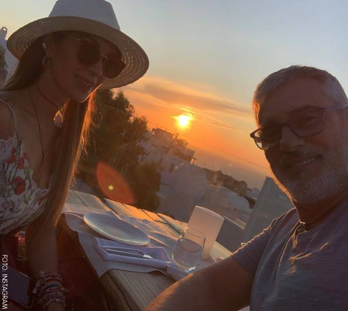 Miguel Varoni y Catherine Siachoque celebrando 23 años de vivir juntos