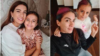 Hija de Andrea Serna enternece con su tutorial de maquillaje