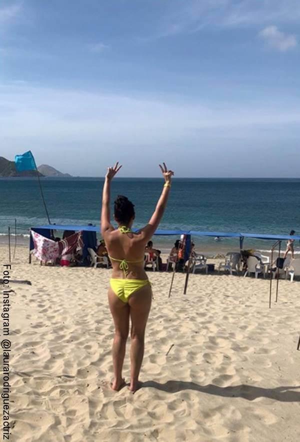 Foto de Laura Rodríguez en bikini