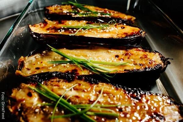 Foto de berenjenas con queso Mozzarella para receta de berenjenas rellenas